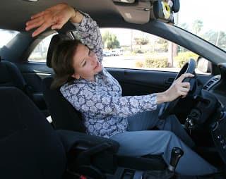 Почему вождение автомобиля не приносит пользы спине